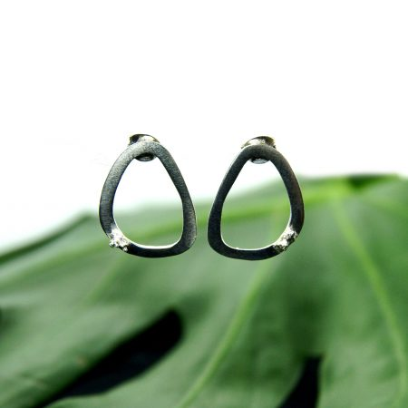Libby Ward 'Medium Moss earrings Stud Silver'