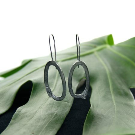 Libby Ward 'Large Moss Earrings Drop Oxidised '