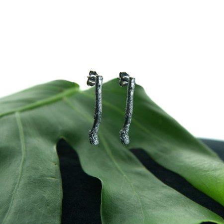 Libby Ward 'Untamed Earrings Stud Oxidised'